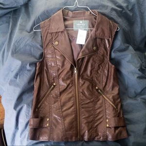 NWT Vanity women's faux leather vest small brown